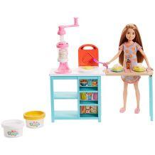 """Ігровий набір Barbie """"Сніданок Стейсі"""", FRH74"""